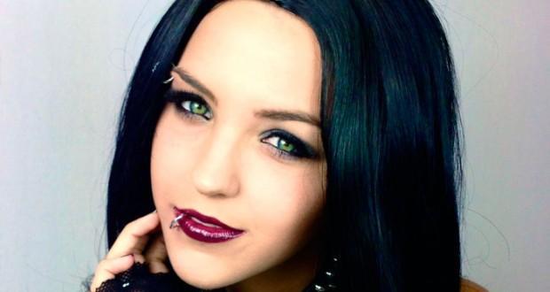 Maquillaje gótico para mujer